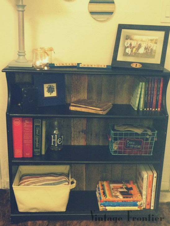Pallet Bookcase Makeover with pallets