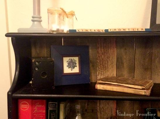 Pallet Bookshelf Makeover