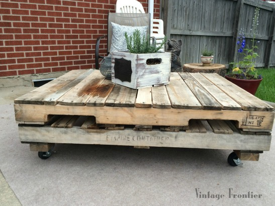 Pallets are the perfect material for making a great outdoor coffee table.