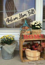 Make sure fall knows its Welcome at your house with this great fall porch makeover.